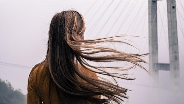 model potongan rambut panjang wanita